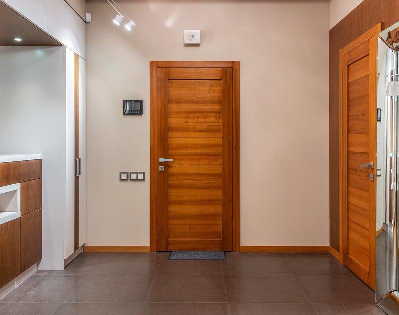 типы межкомнатных дверей по материалу